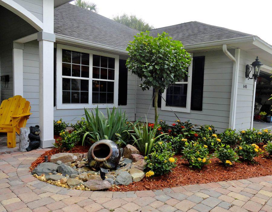 Mini Fountain - frontyard landscaping ideas