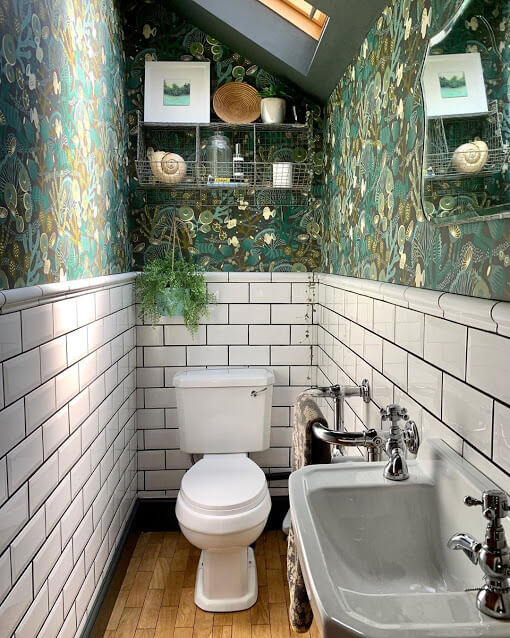 Green Coral Reefs Wallpaper for Small Bathrooms