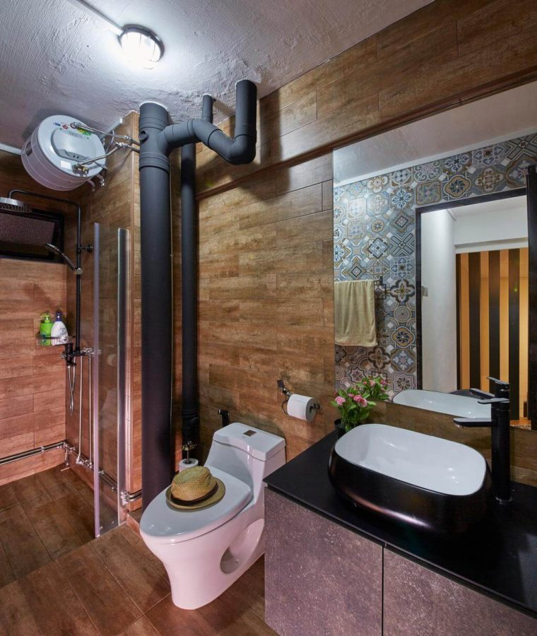 Black Pipes and Wooden Walls - Bathroom Decor