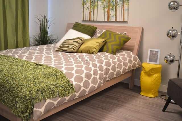 Elegant Combination of Green Bedroom Ideas