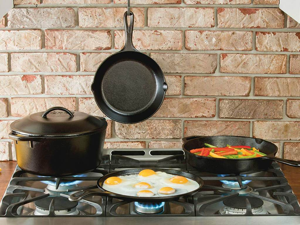 How to Store a Cast Iron Pan