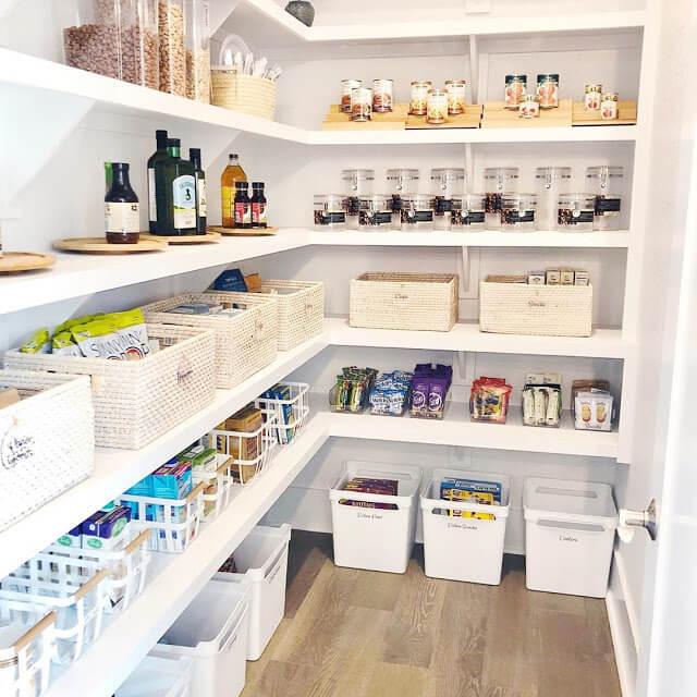 Built-in Floating Shelves