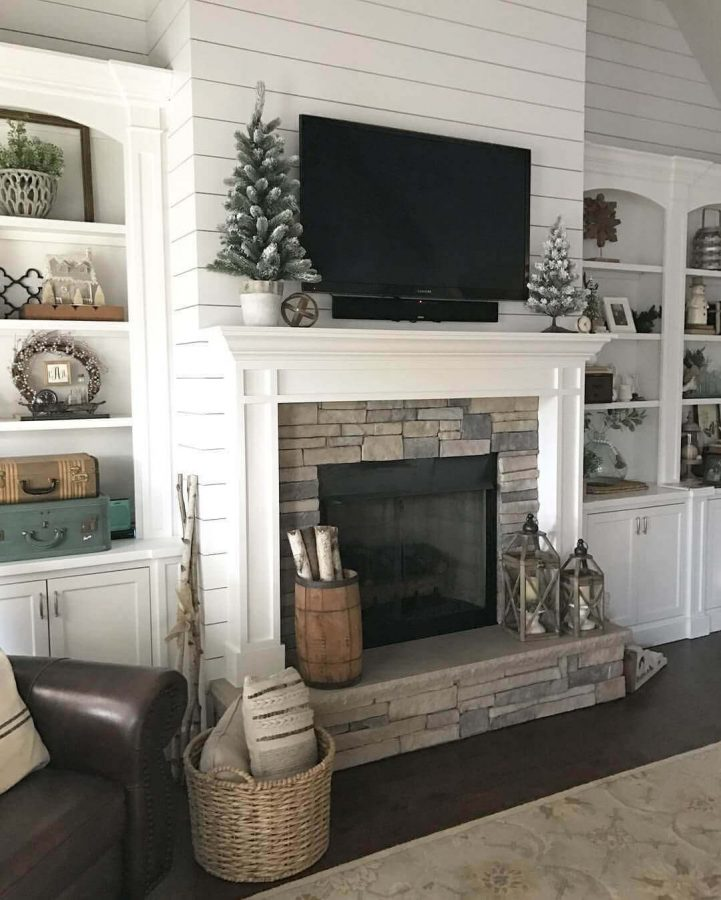 Farmhouse Mantel Decor with TV