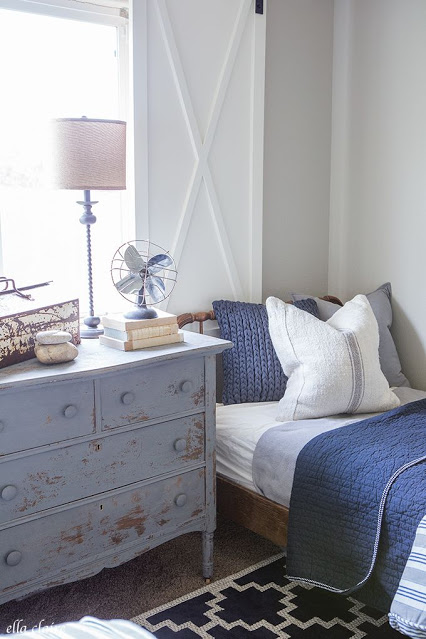 Rustic Decor Navy Bedroom