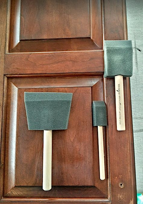 How to stain wood kitchen cabinets with foam brushes