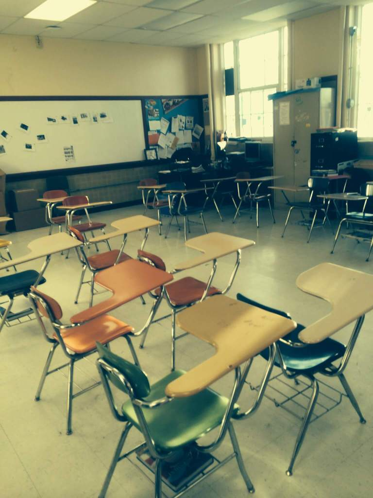 Furniture Arrangement in Classroom to be Organized