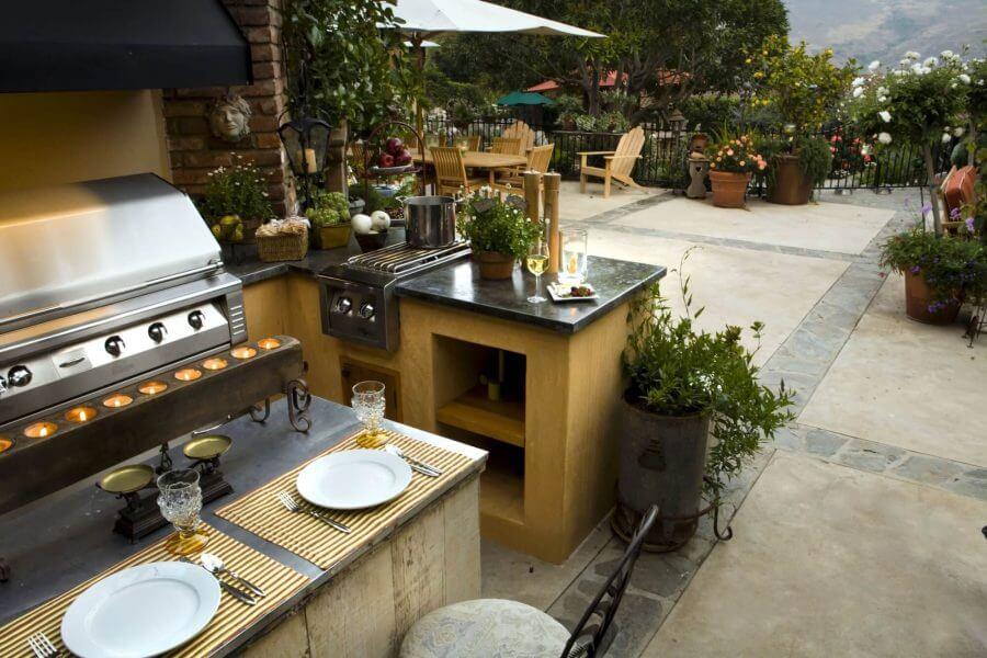 Yellow Wood Theme Outdoor Kitchen