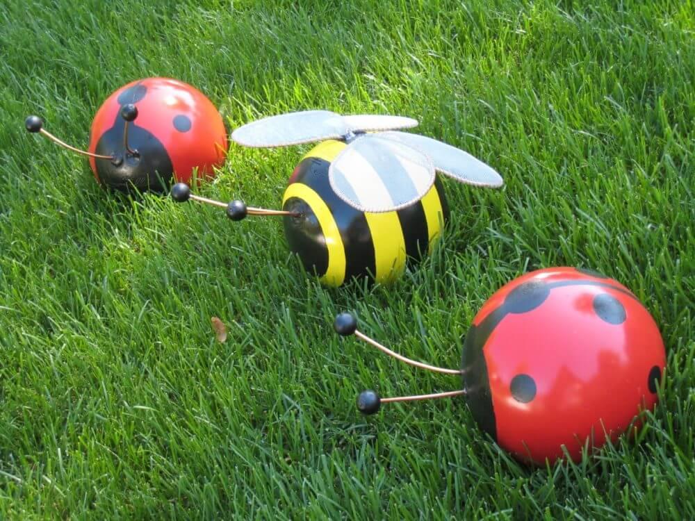 Garden Art Ideas - Bowling Ball Bumblebee and Ladybug