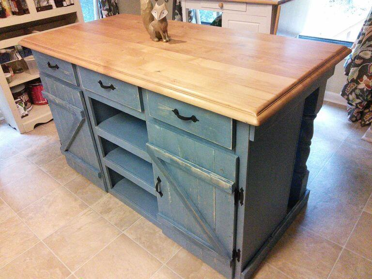 DIY Farmhouse Kitchen Island