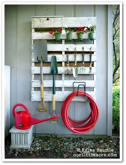 DIY Pallet Garden Tool Organizer