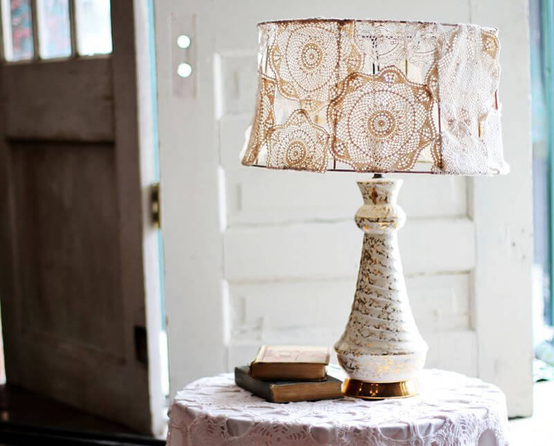 Doily Covered Lamp Shade - lampshade makeover ideas