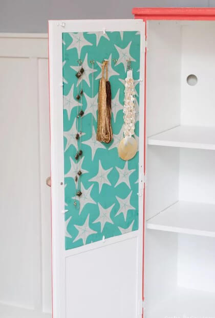 Fabric Covered Corkboard Makeover
