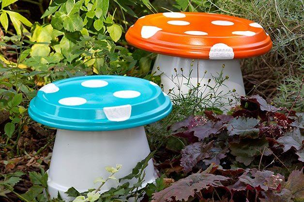 Garden Mushrooms - Garden Art Ideas