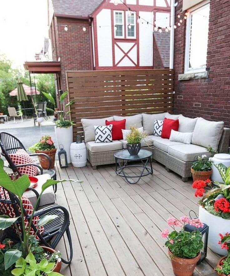 Deck Decor Ideas - Take Advantage of Fabric