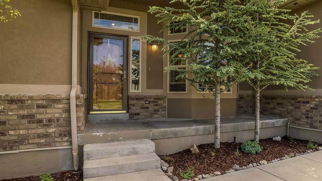 Decorate Your Porch Main Entrance
