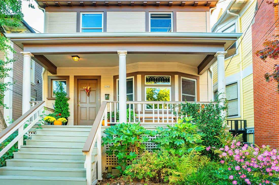 Large Porch - Make More Place