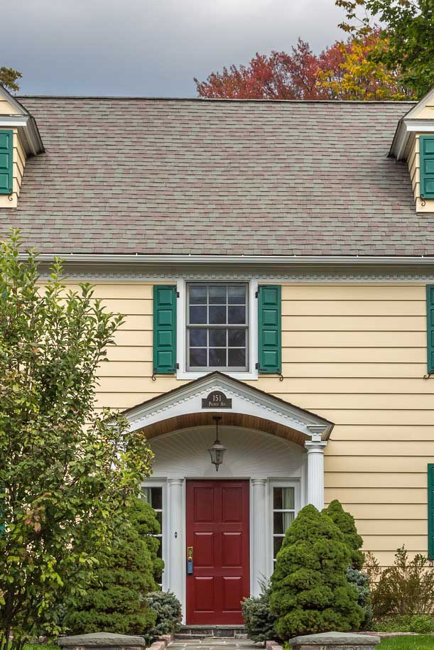 Brown Brick Color for Yellow House Front Door