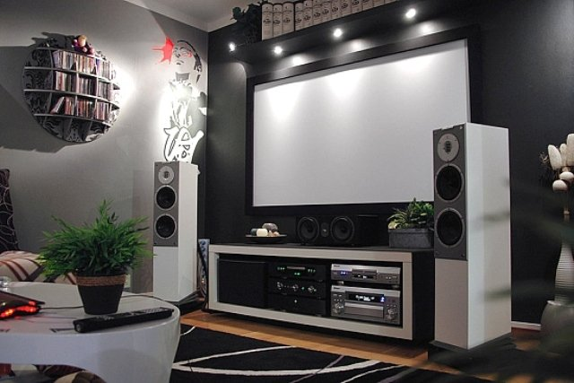 Setting up a Karaoke System with Home Theater: Ultimate Guide