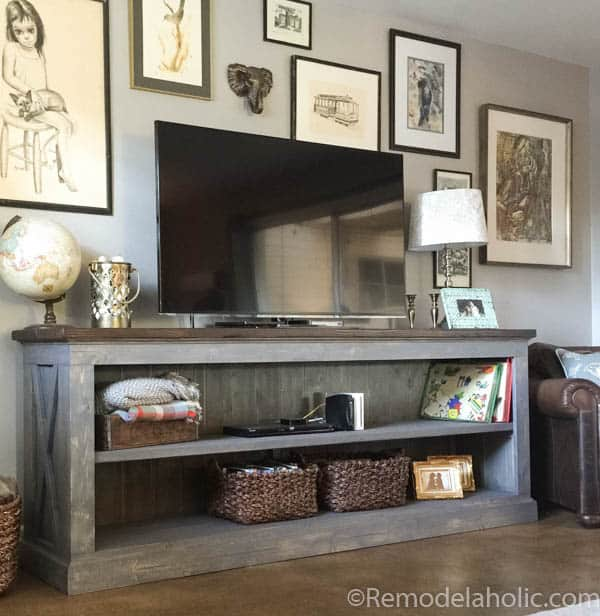 Farmhouse TV Console Sideboard - DIY TV Stands