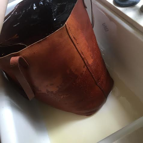 How to Remove Water Stains From Leather 2