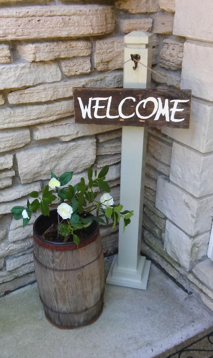 "Barn Wood ""Welcome"" Sign"