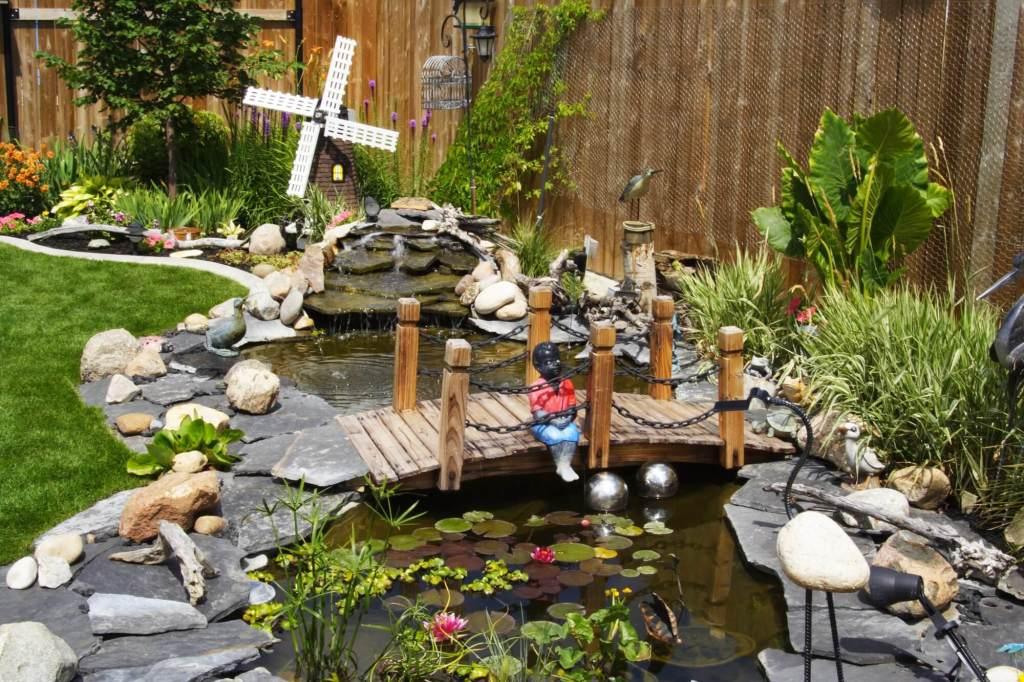 Amazing Garden Scene