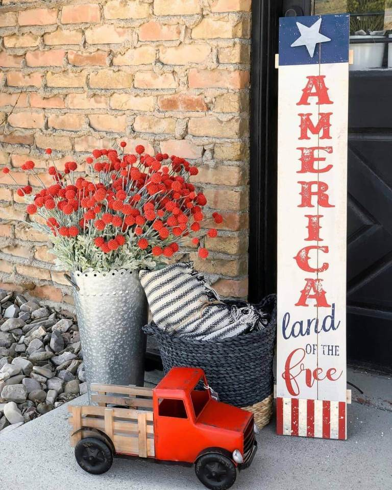 Standing Porch Sign for Memorial Day