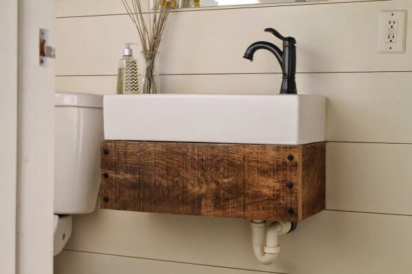 Creative Reclaimed Wood Projects for Mini Floating Sink