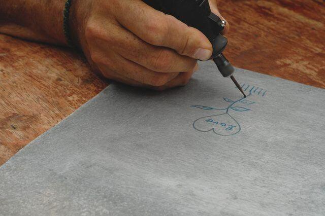 Engraved Metal - dremel craft ideas