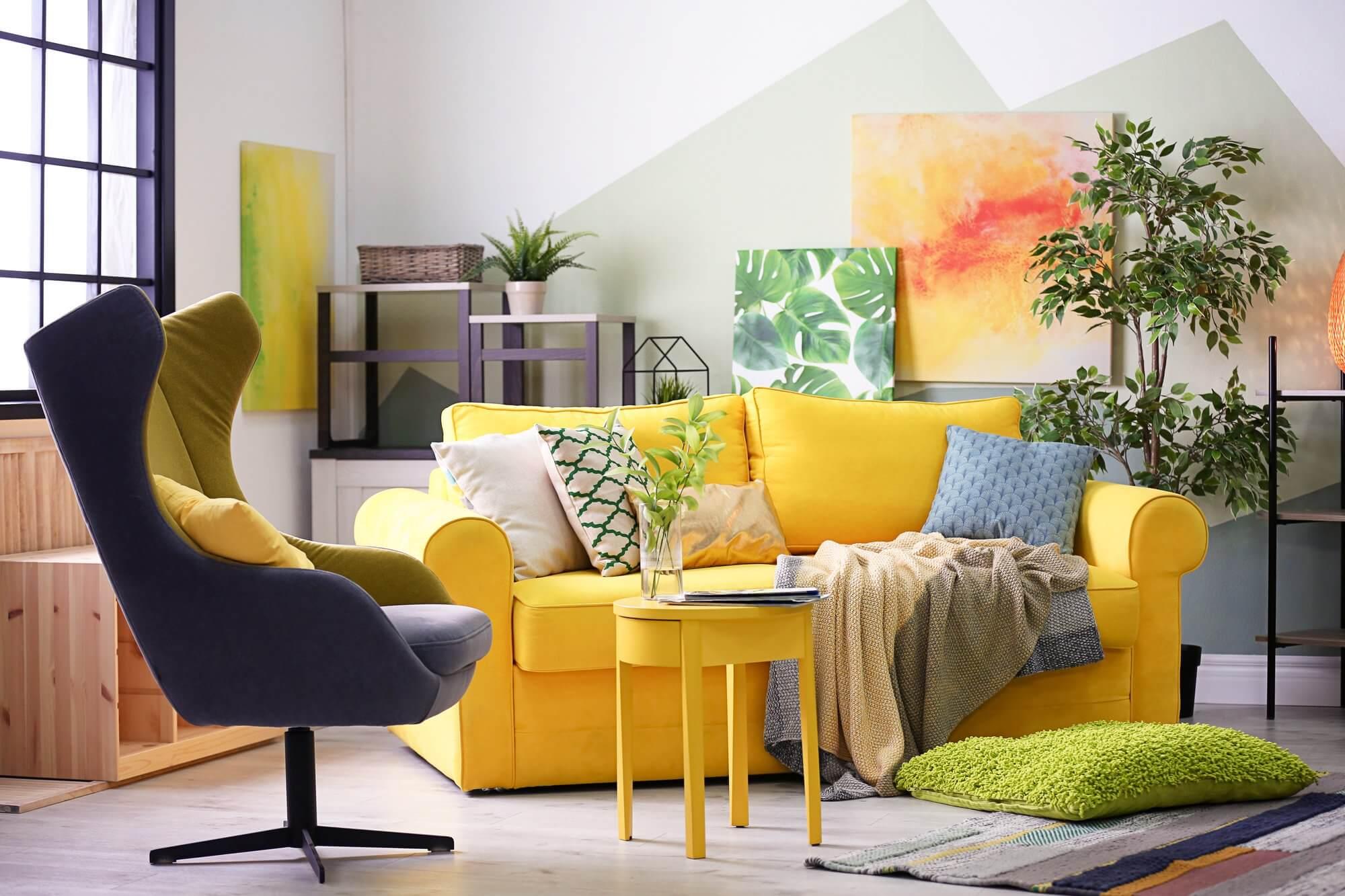 Wall-Painted Artwork - Living Room Decor Ideas