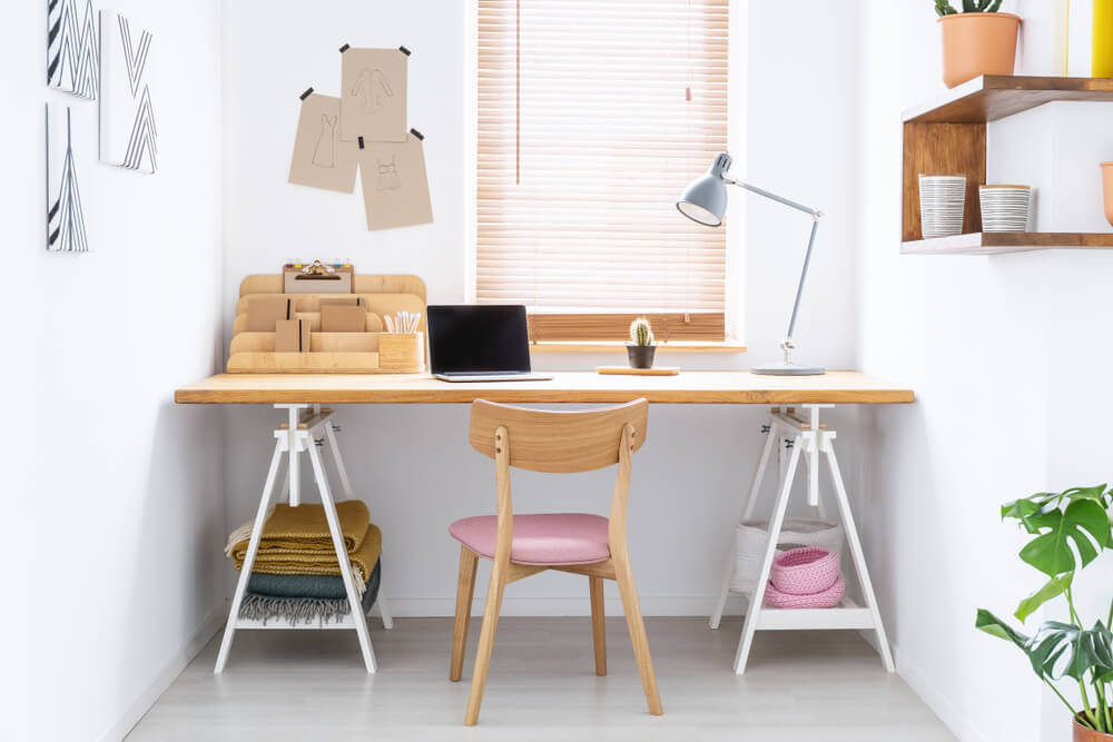 Wall-To-Wall Desk for Working Station