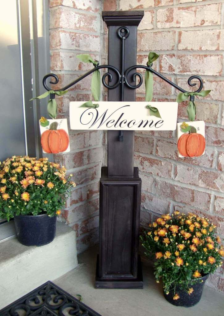 Funny Front Porch Signs to Welcome an Autumn