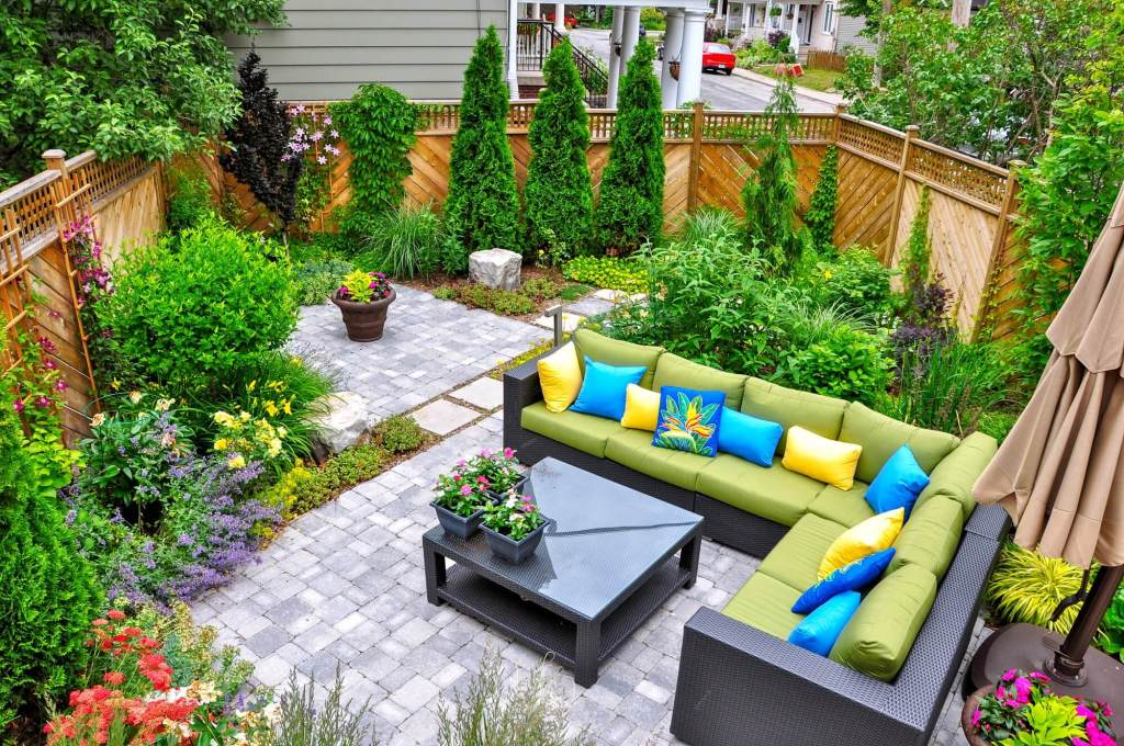 Outdoor Living Room on Concrete