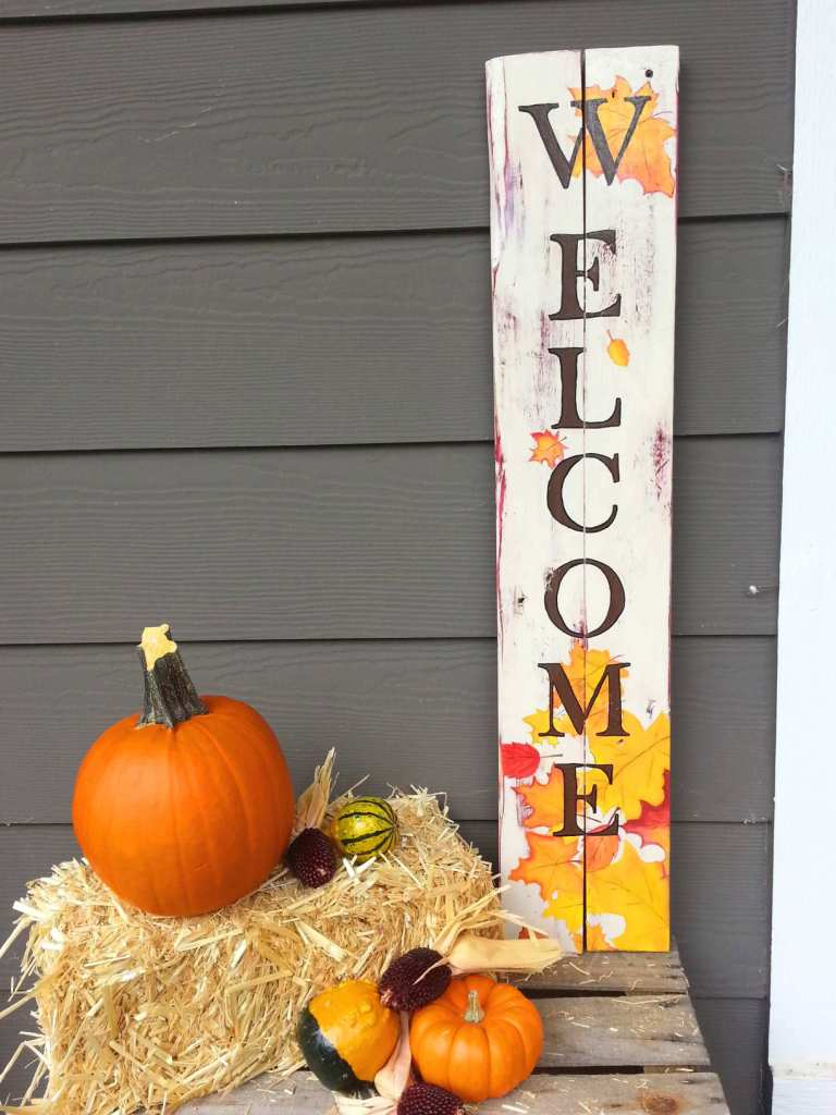 Wooden Falling Leaves Welcome Sign