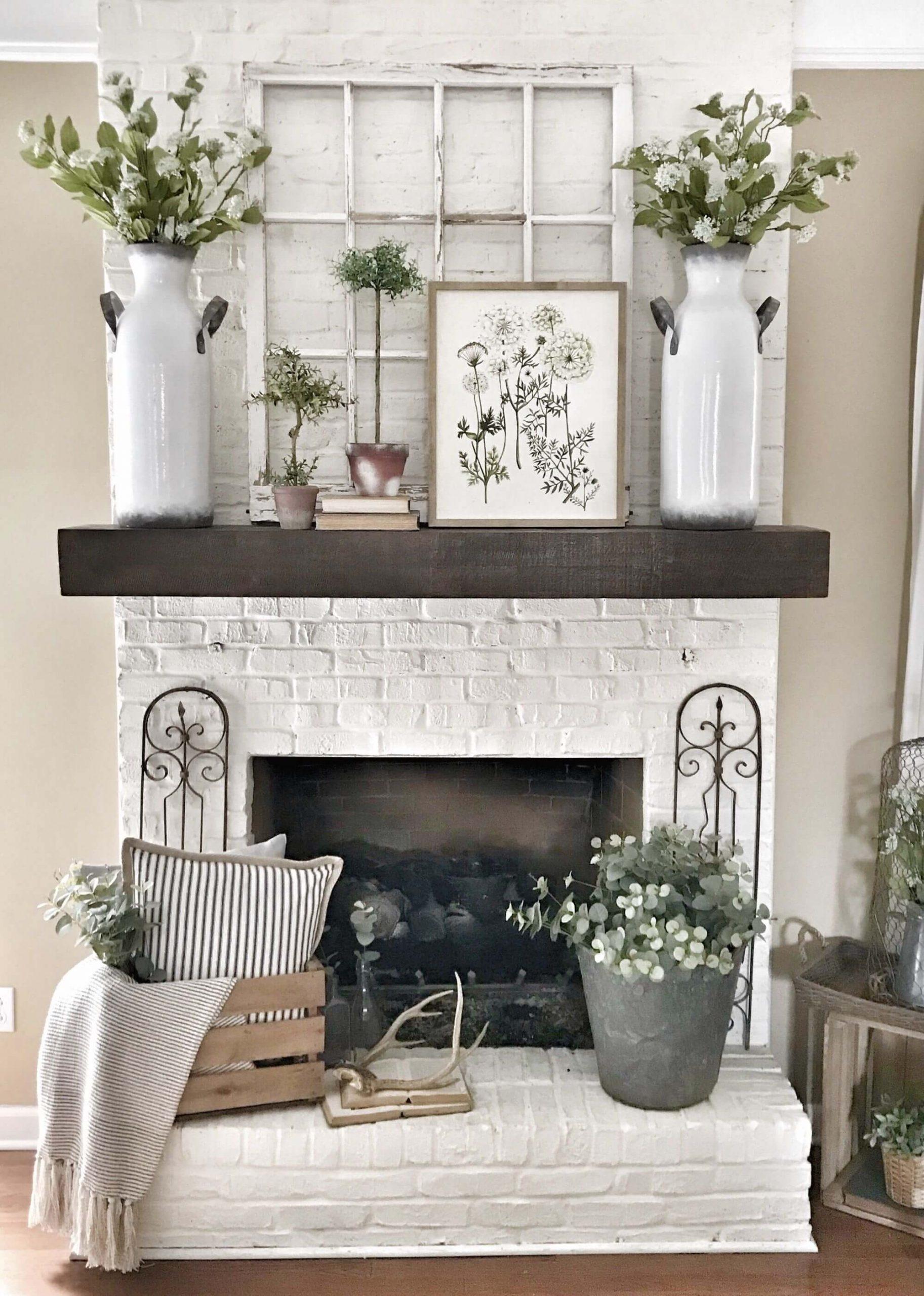 Fireplaces - Farmhouse mantel decor