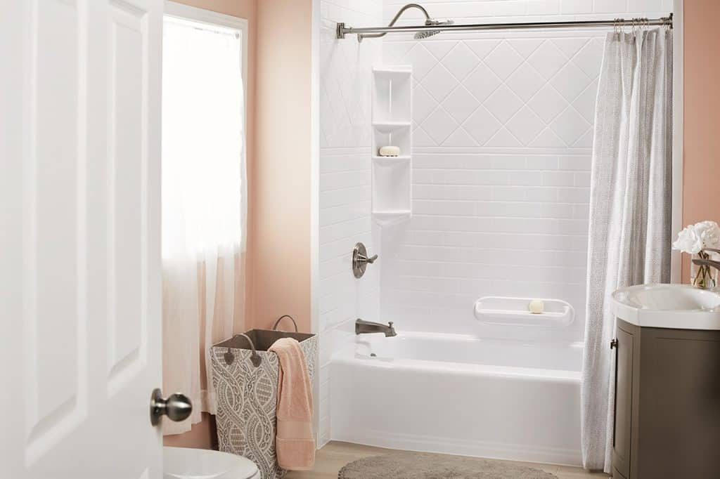 how much does a bath fitter tub cost