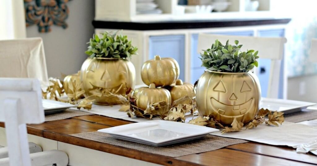 spray-painted-dollar-store-pumpkins-for-fall