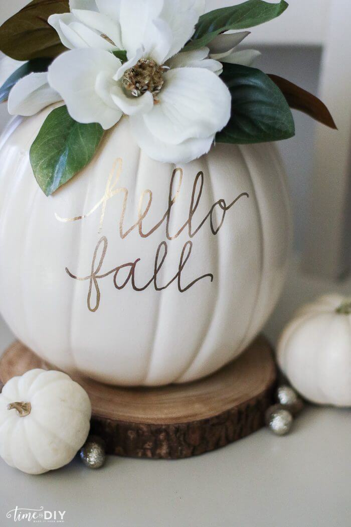 Gold markers as message makers - diy-faux-magnolia-pumpkin