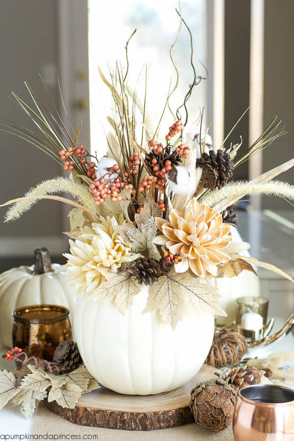 White-Pumpkin-Vase - Wildflowers and berries for centerpieces