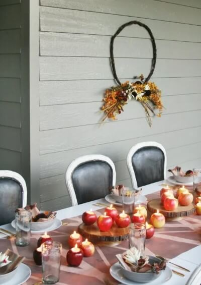 Grab an apple - Thanksgiving decorations